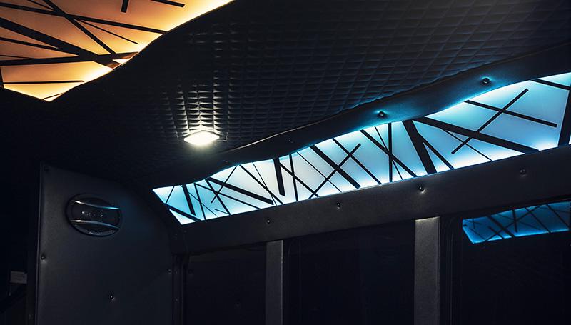 Stallion Interior4